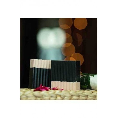 Woods And Petals  Bamboo Wood Charcoal And Calamine Clay Handcrafted Soap (Set Of 2 )
